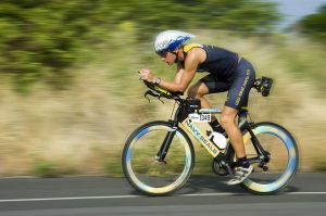 triathalon-cycling-cbd